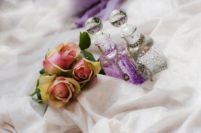 roses-644147_640