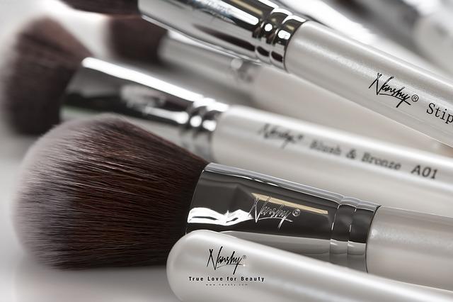 makeup-brushes-824702_640