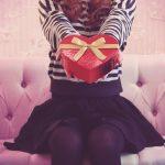 バレンタインチョコの渡し方ならキュンパッド!学校や職場では?片思いもOK!