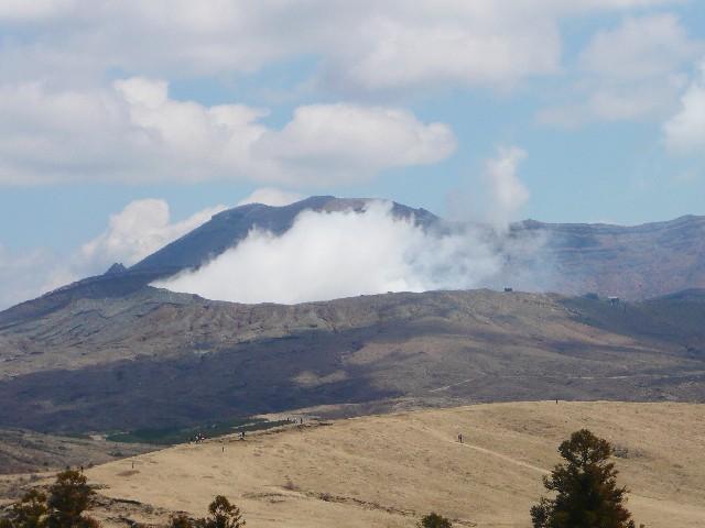 阿蘇山の中岳第一火口の噴火
