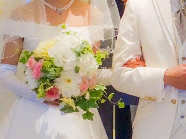 生稲晃子の結婚と夫
