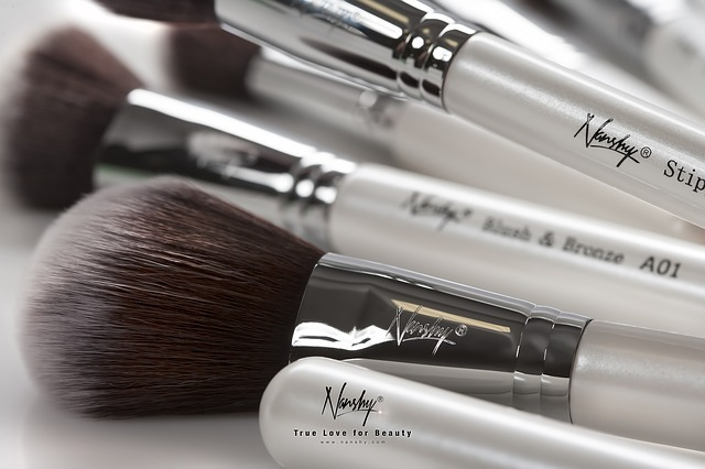makeup-brushes-824702_640