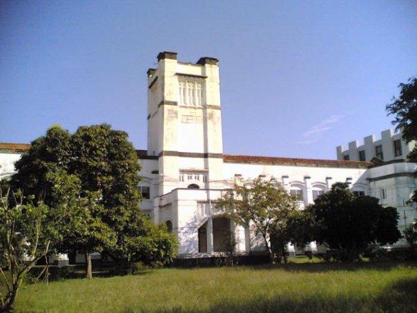 コロンボ大学