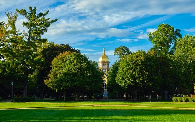 ノートルダム大学