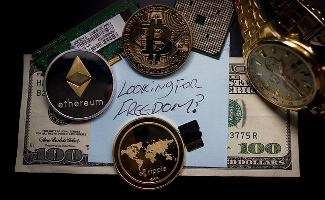 仮想通貨を現金に変える方法ってあるの?交換する場合の手数料や税金も調査!